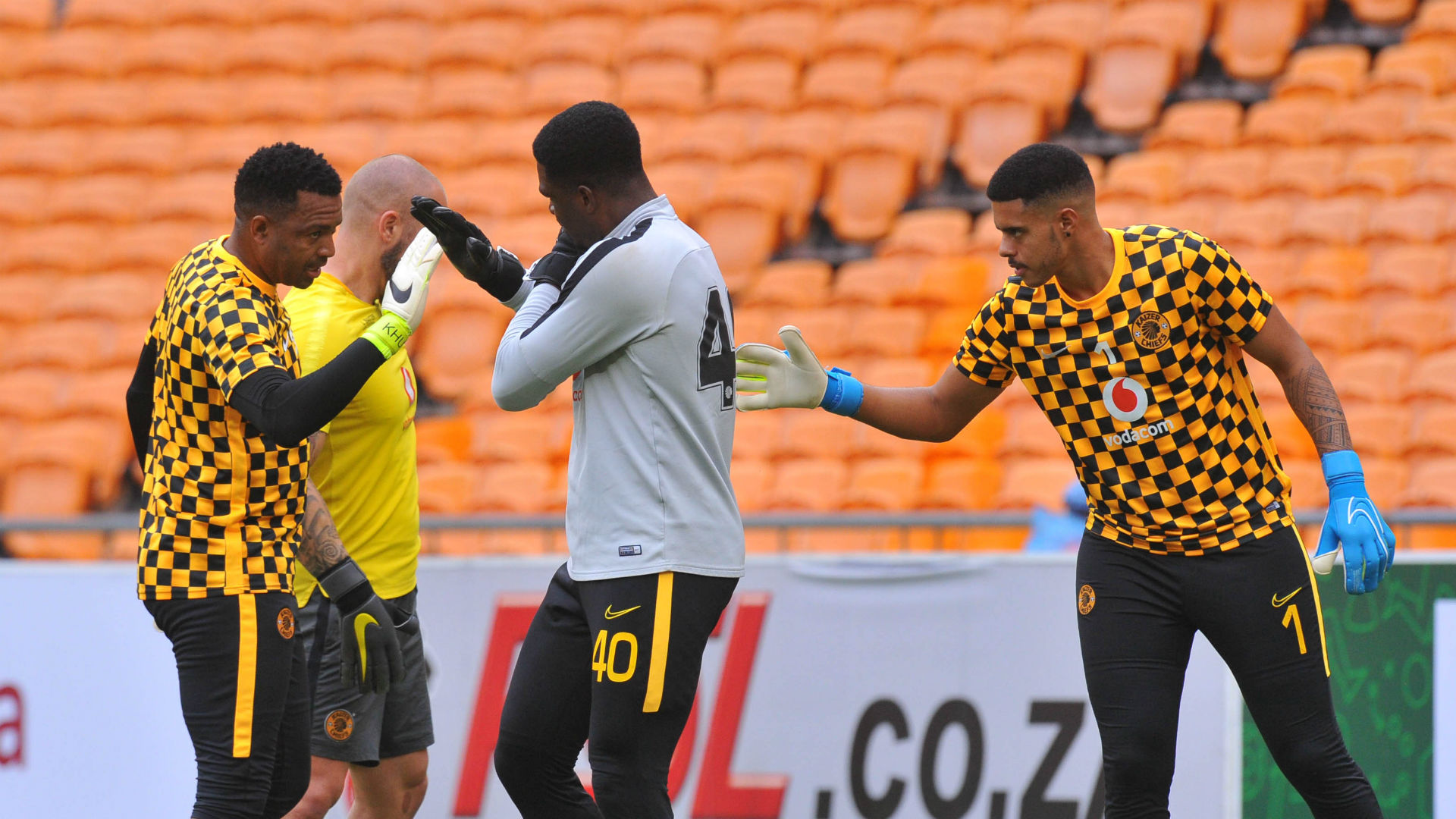 Itumeleng Khune and Daniel Akpeyi who is going to start the derby ?