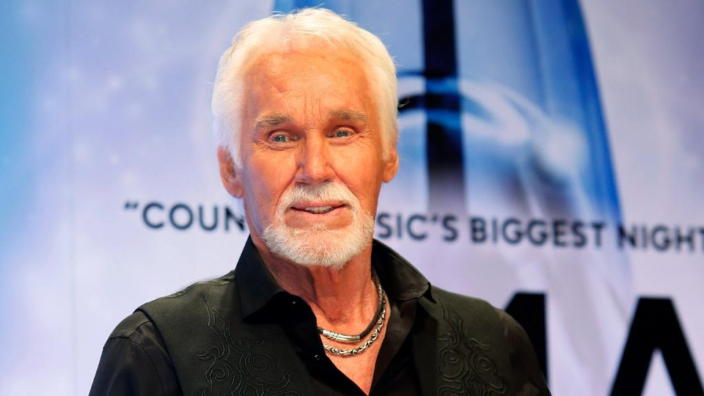 Kenny Rogers dies at the age of 81