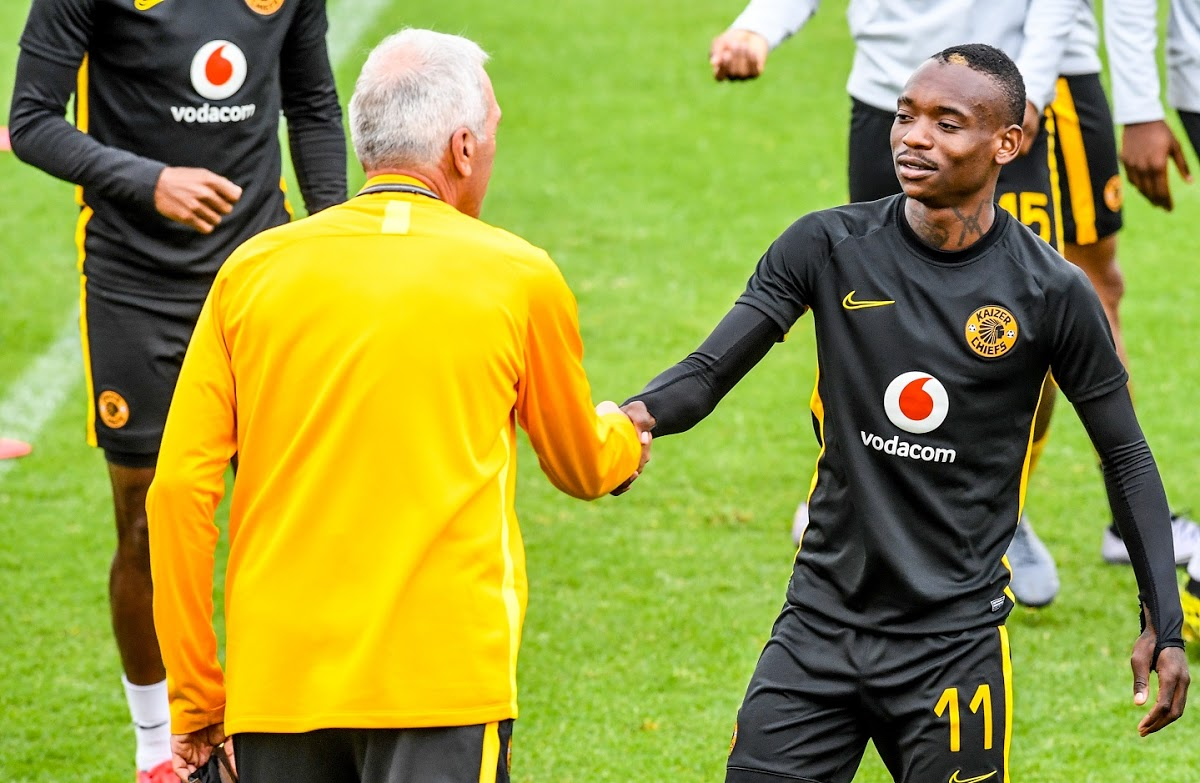 The cold war between Khama Billiat and Ernst Middendorp