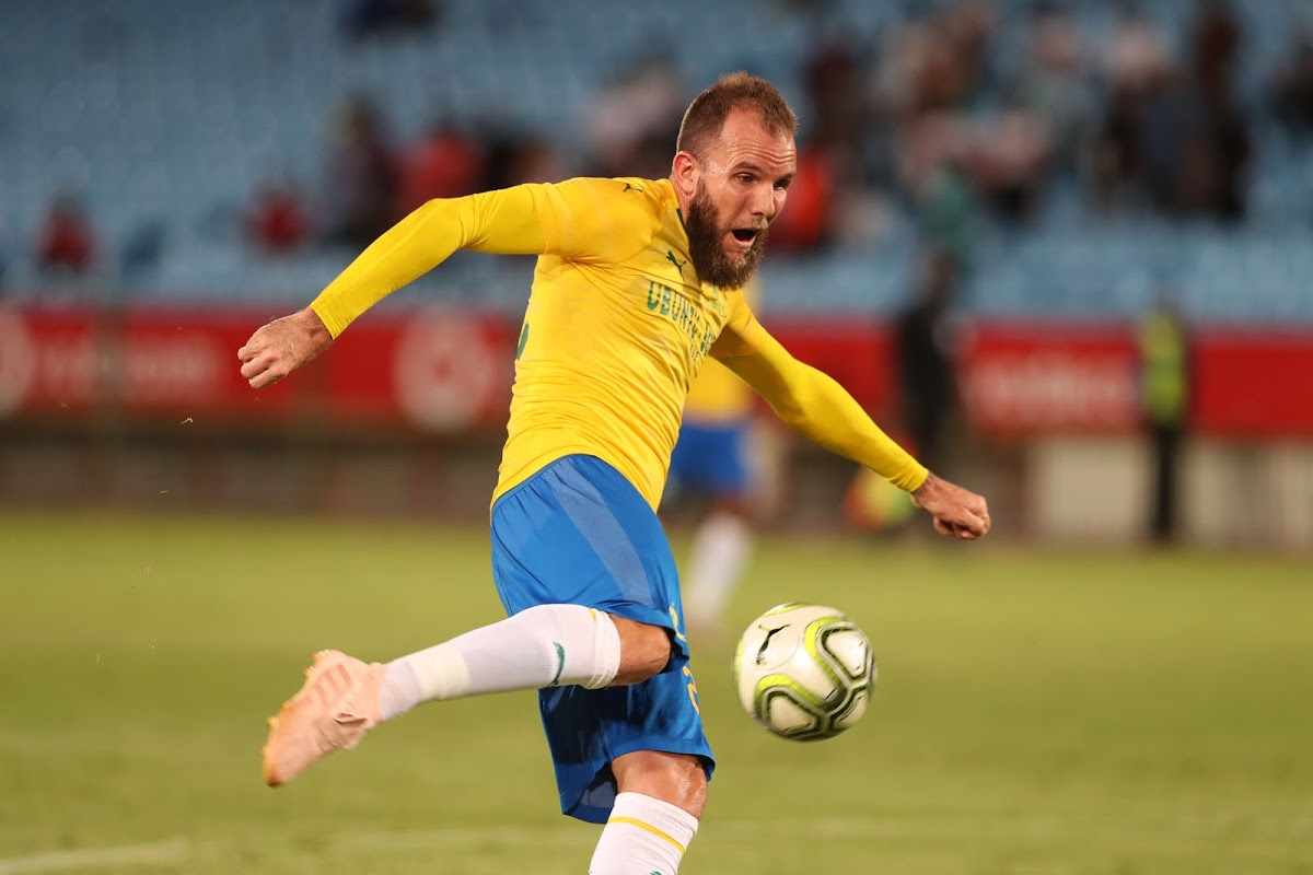Kaizer Chiefs must sign Jeremy Brockie