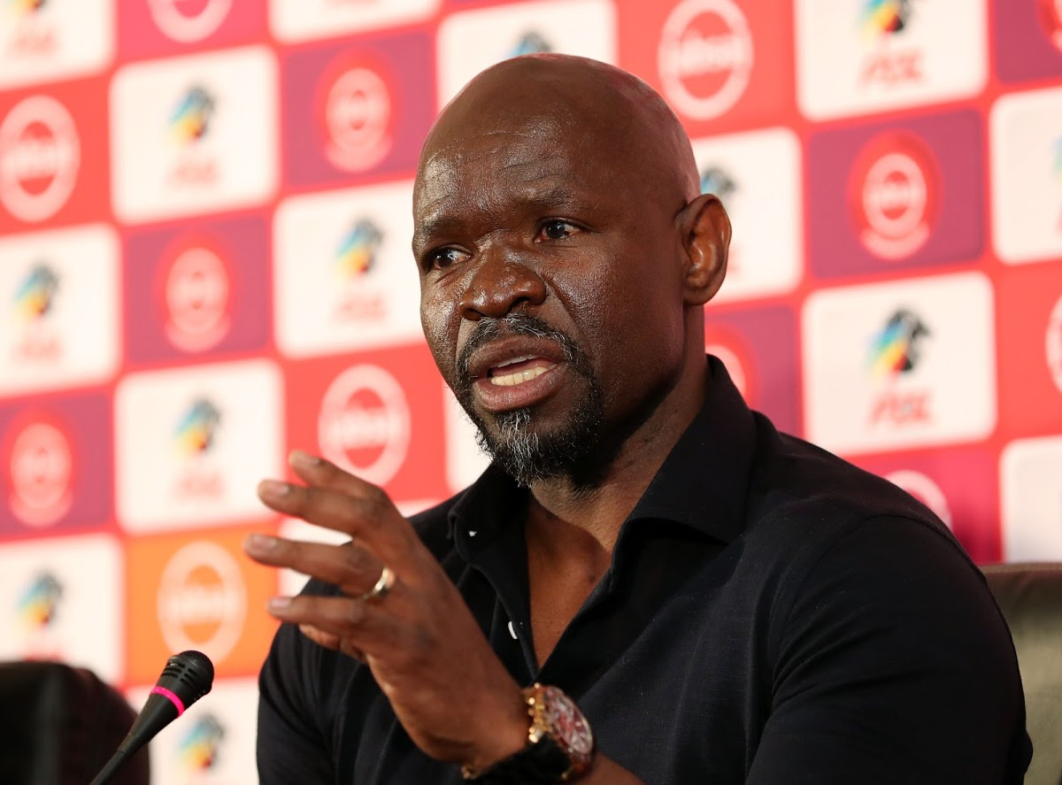 Steve Komphela can be a perfect replacement for Pitso