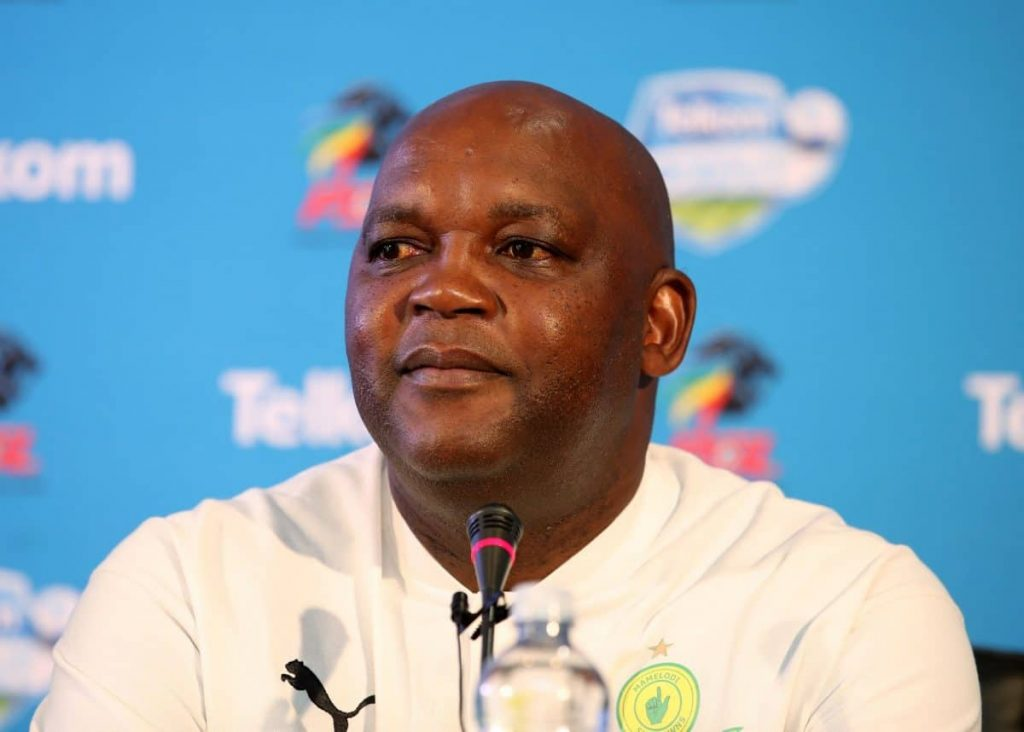 Kaizer Chiefs fans they told Pitso Mosimane to stay in Egypt they don't want him in SA.